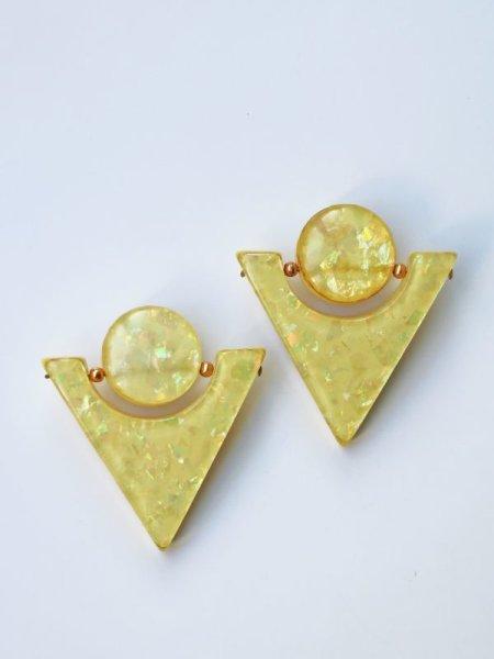 画像1: <70'S VINTAGE>Confetti Acrylic Triangle Earing [Yellow] (1)