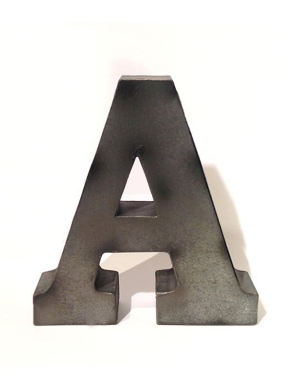 画像1: ★60%OFF★Tin Big Letters / ブリキアルファベットオブジェ (1)