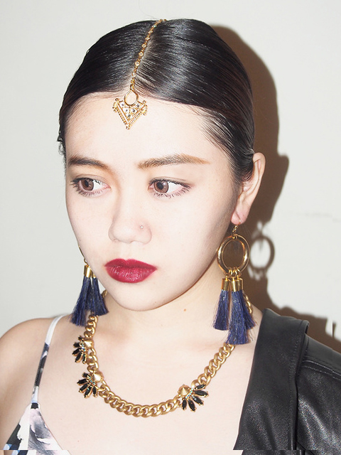 画像1: ★50%OFF★【VIDAKUSH / ヴィーダクシュ】Gold Diamond Tikka / ヘアジュエリー[Gold] (1)