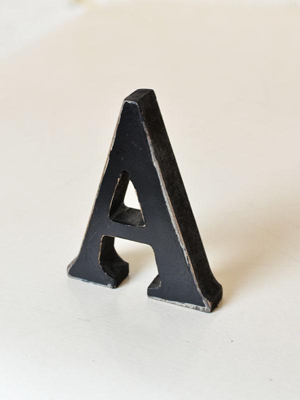 画像1: ★60%OFF★Wood Black Letters / ウッドブラックアルファベットオブジェ (1)