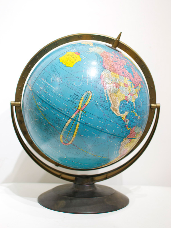 画像1: ★40%OFF★【Vintage】Globe / ヴィンテージ地球儀[Blue] (1)