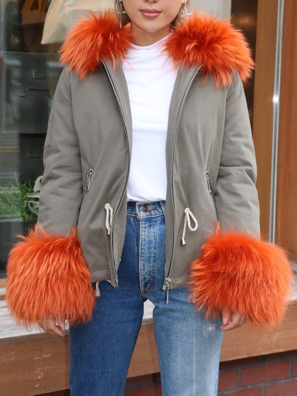 画像1: ★50%OFF★【FLO & CLO / フローアンドクロー】GIACCA PAVEL / ファー付きダウンコート[Khaki x Orange Fur] (1)