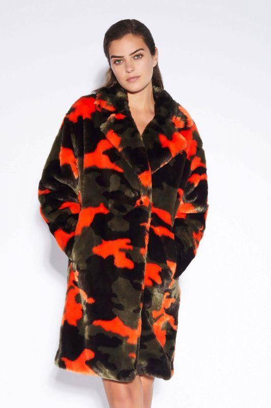 画像1: ★30%OFF★【APPARIS】JAHAIRA Faux-Fur Coat / カモフラージュブレストファーコート [Neon Camouflage ] (1)