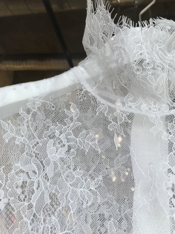 4ab0ed6e7be3a  STYLE MAFIA Vuo Dress / 総レースシースルードレス[Black、White]